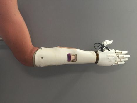 Version hybride avec poignet compatible